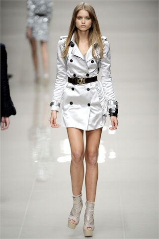 Silver coat, cinched waist, Burberry